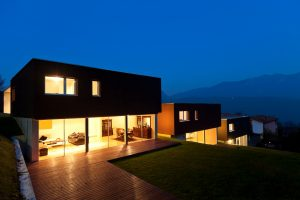 outdoor-lighting-homes